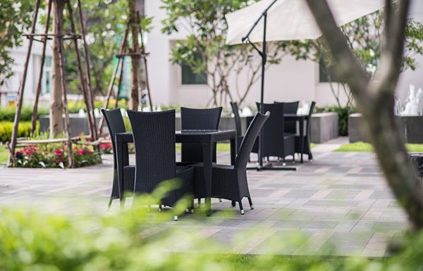 TC-Green-Bangkok-condo-for-sale-garden5